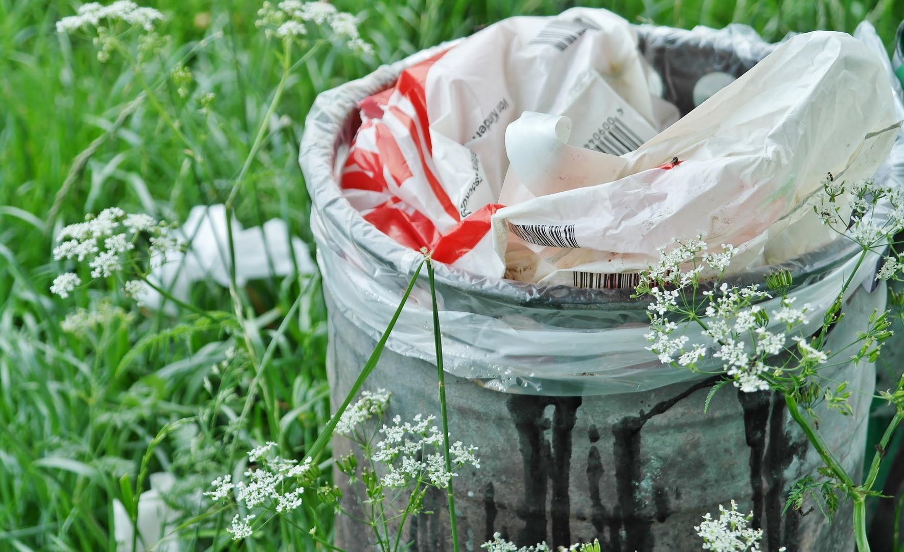 Eliminăm depozitele ilegale de deșeuri  de pe terenurile virane care au proprietar
