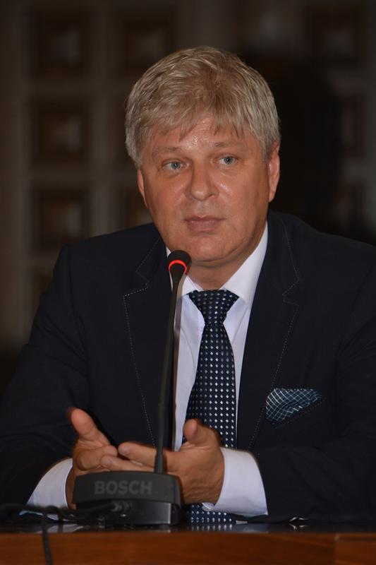 Primăria Sectorului 1 va angaja un administrator public (